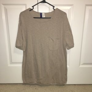 3/25 Tan H&M T-Shirt